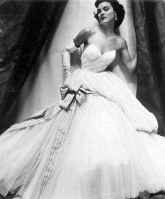 Suzy Parker - Photo by Henry Clarke, 1953