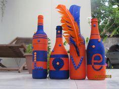 bouteilles décoratives pour un mariage Diy, Painting, Bottle, Home Decor, Porcelain Vase, Decorative Bottles, Urn, Ornament, Weddings