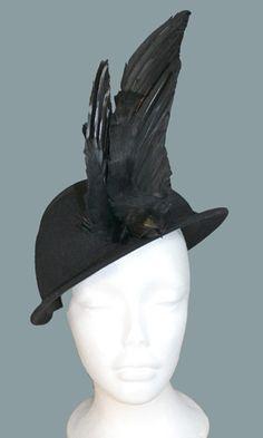 Rare bird - 1940s vintage Hattie Carnegie hat