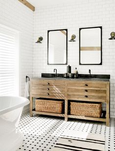 Love the mix of black and white with the warm wood