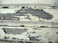 How to Remove Lead Paint From Old Windows