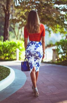 white + blue floral pencil skirt .. Spring Fashion : crop tops and midi pencil skirts