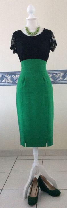 Jupe verte taille haute