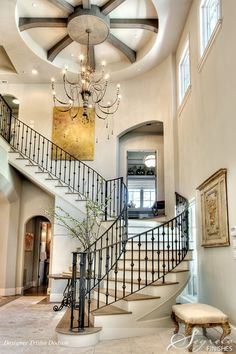 FOYER – great example of an impressive way to welcome guests. Incredible height, proportions, and decor.