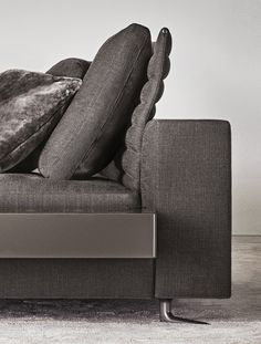 #furniture #sofas #living room - Minotti White detail