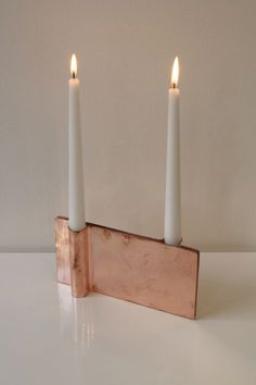 We love this fashionable candleholder in #rosegold