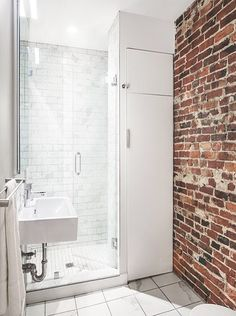Stunning bathroom in small spaces.Bathroom refurbishment London
