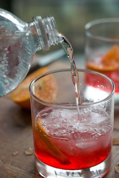 Cranberry Shrub: A perfect drink that you can served without (or with) alcohol for the upcoming holidays!