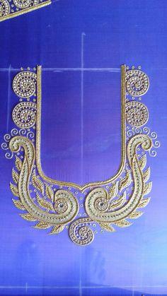 Simple Blouse Designs, Stylish Blouse Design, Fancy Blouse Designs, Chudidhar Neck Designs, Sleeve Designs, Latest Embroidery Designs, Mirror Work Blouse, Wedding Saree Blouse Designs, Maggam Work Designs