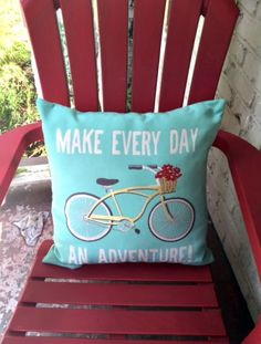 Summer Home Tour: Turquoise Summer Pillow