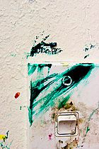 p9130027, Lichtschalter verschmiert, Atelier, Bunt, Farbe, Kunst, Schalten, Türkis