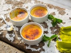 Get Kelvin's Signature Creme Brulee Recipe from Cooking Channel Yummy Treats, Sweet Treats, Sarah Graham, Cooking Channel Shows, Whoopie Pies, Candy Apples, Creme Brulee, Brulee Recipe, Something Sweet