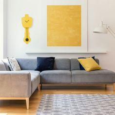 Combo Design is officieel dealer van KLOQ ✓ wandklokken collectie makkelijk te bestellen ✓Gratis verzenden (NL) ✓Altijd de scherpste prijs ✓ Sofa, Couch, Yellow Black, Furniture, Design, Home Decor, Settee, Settee, Decoration Home