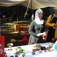 Old beauty and hygiene was described and demonstrated at Winterfest 2012.