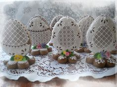 Perníky 2015 – Iva Palíková – album na Rajčeti Easter Cookies, Sugar Cookies, Cookie Bouquet, Sugar Art, Edible Art, Chocolate Cookies, Royal Icing, Themed Cakes, Cookie Decorating