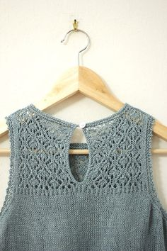Something lovely for the warm weather that is (I hope!) going to be arriving soon.Finally finished! I love this breezy top and plan to wear it all summer long.Details on Pans&Needles