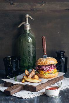 Где поесть: LESARTISTS Bistro Food, Pub Food, Cafe Food, Food Trucks, Burger Bar, Burgers, Food Places, Lunch Snacks, Food Cravings