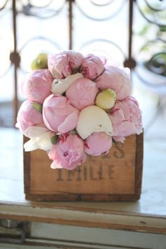 love peonies....in the wooden box - perfect
