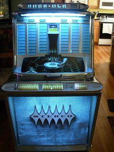 1961 Rockola Regis Model 1488 120 Selections Jukebox Plays 45 RPM Records |