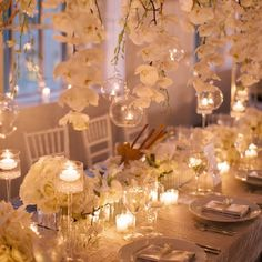 """Prepare to swoon over the 25th Edition of our monthly series """"12 Stunning Wedding Centerpieces"""" (Karen Wise Photography)"""