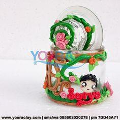 Toplesnya Uya  Toples/Gelas mini Hias Clay, tinggi rata-rata 10cm, harga tergantung desain, bisa untuk tempat permen, gula/kopi, aksesoris/perhiasan, manik-manik, dll :)