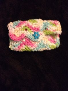 Crochet cotton small wallet, card case, cell phone case. Chevron/zigzag pattern.