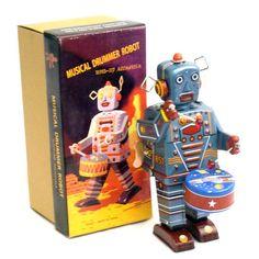 Kitsch.fi - Robotti, Big Drummer