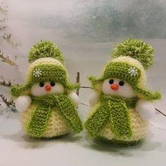 (46) Одноклассники Crochet Christmas Decorations, Crochet Christmas Trees, Christmas Knitting Patterns, Handmade Christmas, Irish Crochet Patterns, Crochet Beanie Pattern, Crochet Toys Patterns, Diy Crochet Projects, Crochet Snowman