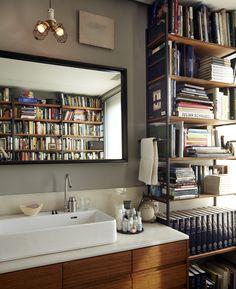Author Michael Cunningham's home bathroom | via coco