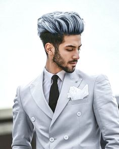 The top short hairstyles for men for the year 2018 are eye-catching and somewhat sophisticated. Today the short mens hairstyles have become particularly. Boy Hairstyles, Trendy Hairstyles, Hairstyles Pictures, Hair Pictures, Natural Hairstyles, Hair And Beard Styles, Short Hair Styles, Messy Hair Look, Style Brut