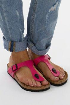 Birkenstock Gizeh Patent Thong - Womens Flats - Birdsnest Online Born Boots edfa6906951