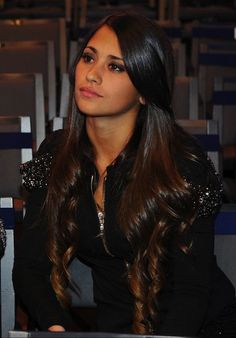 Lionel Messi and his partner Antonella Roccuzzo (27) becomes parents of their…