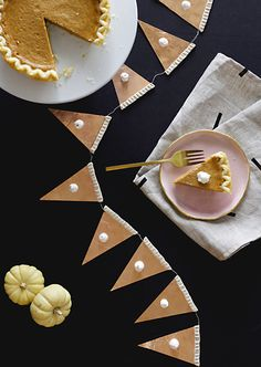 We're loving this pumpkin pie garland for sprucing up your space this Thanksgiving!