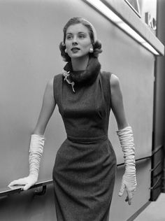 Suzy Parker (28th October 1932 – 3rd May 2003)