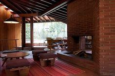 Google Image Result for http://hookedonhouses.net/wp-content/uploads/2010/09/A-Single-Man-Lautner-House-3.jpg