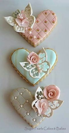 3D Beauty These cookies have an almost ethereal quality about them. The butterflies that sit delicately on top of the hearts seem to almost take flight!