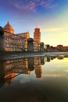 Photograph the iconic Leaning Tower of Pisa in Italy during the perfect lighting.