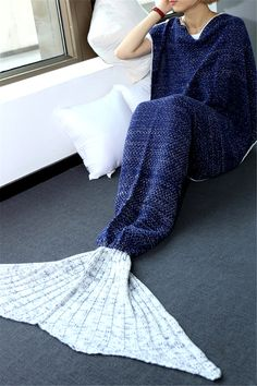 $22.95 High Quality Knitted Warmth Comfortable Mermaid Tail Blanket