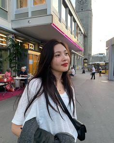 joy I'm your joy soo young park sooyoung joy aesthetics aesthetic cute soft pastel red velvet reveluv reve sm ent 레드벨벳 r o s i e Seulgi, Kpop Girl Groups, Korean Girl Groups, Kpop Girls, Asian Music Awards, Joy Instagram, Red Valvet, Peek A Boo, Red Velvet Joy