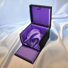 HAVE A SALES ORG IN SWEDEN:  Luxury Perfume Box | perfume boxes, perfume packaging, cosmetics packaging
