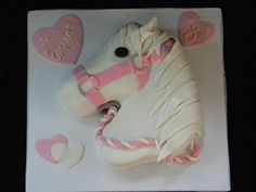 Faithy Cakes - Carved horse birthday cake