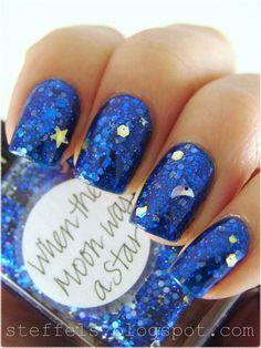 Moon and stars nail art by Lynnderella
