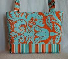 Love the color combo in a purse too