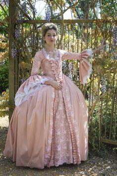 Profil von Stage Jobs Pro – Jemma Rowland – - New Sites 18th Century Dress, 18th Century Costume, 18th Century Clothing, 18th Century Fashion, Old Dresses, Pretty Dresses, Beautiful Dresses, 1700s Dresses, Victorian Dresses
