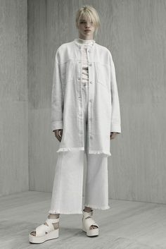 20 Looks with Fashion Desinger Alexander Wang glamhere.com Alexander Wang