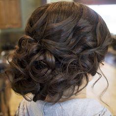 Loose curly updo. #hairandmakeupbysteph