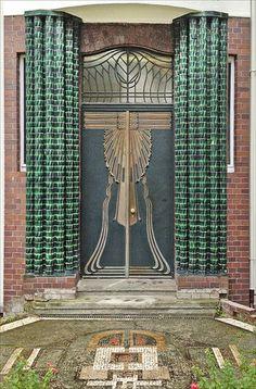 La porte d'entrée de la maison de Peter Behrens (Mathildenhöhe, Darmstadt)