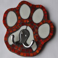 mosaic leash holder