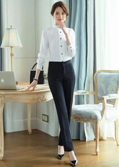 Office Outfits, Casual Outfits, Formal Outfits, Ulzzang Fashion, Korean Fashion, Ladies Shirts Formal, Triangle Body Shape, Work Wardrobe, Womens Fashion For Work