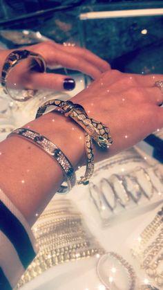 SNAKE BANGLE WB1002 Gold Bangle Bracelet, Snake, Women Accessories, Bangles, Jewelry, Fashion, Bracelets, Moda, Jewels
